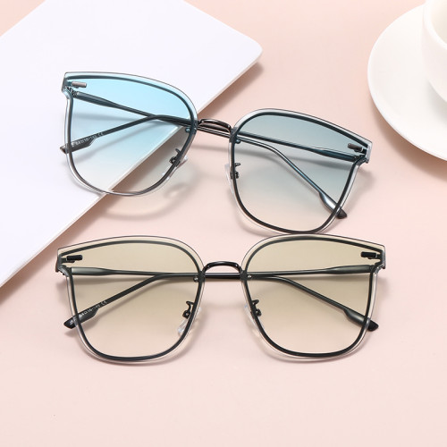Fashion Cateye 2021 Newest Design Metal Frame Shades Gradient Lens Sunglasses