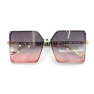 Metal Frame Square Rivet Chain Women Sunglasses