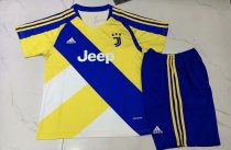 21-22 Juventus Yellow Kid Kit