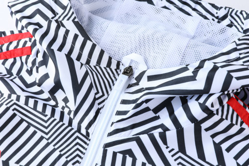 21-22 Sao paulo Black and White Stripes Windbreaker S-XXL