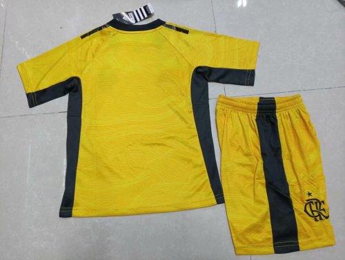21-22 Flamengo goalkeeper Yellow Kid Kit