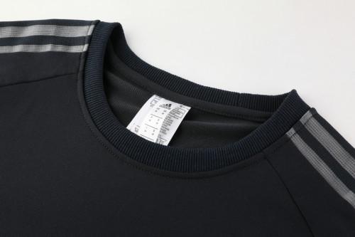 21-22 Bayern Munich Black round neck Sweater