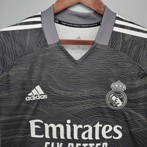21-22 Real Madrid Black Goalkeeper Fans Jersey