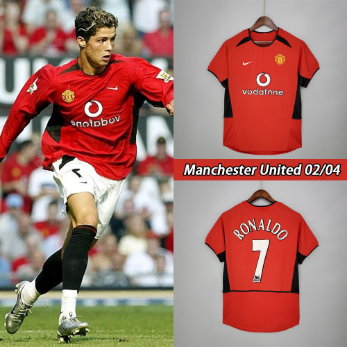 02-04 Manchester United Home Red Retro Jersey with 7#RONALDO