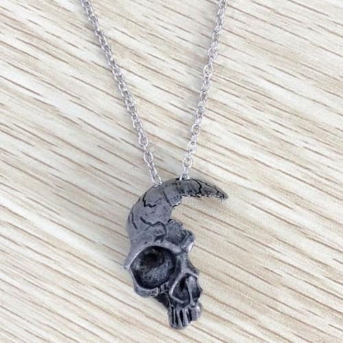 Vintage Half Skull Pendant Necklace Alloy Skull Pendant Gothic Necklace