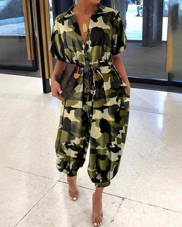 Fold-Over Collar Single-Breasted Short-Sleeved Camouflage Jumpsuit