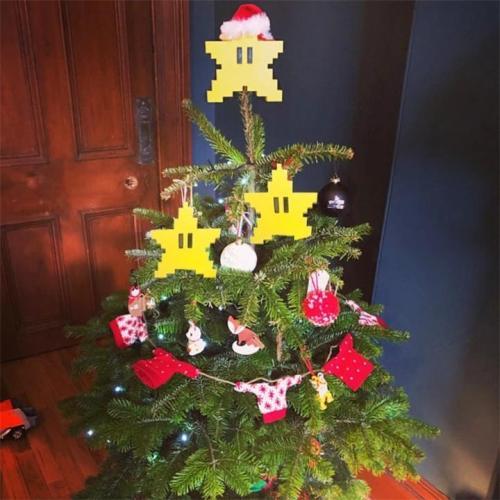 Pixel Star Christmas Tree Topper
