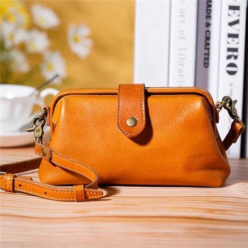 Premium Leather Retro Handmade Bag