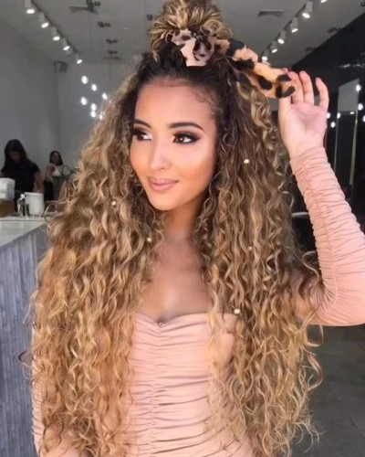 Long Curly Blonde Wig Natural Daily Wear