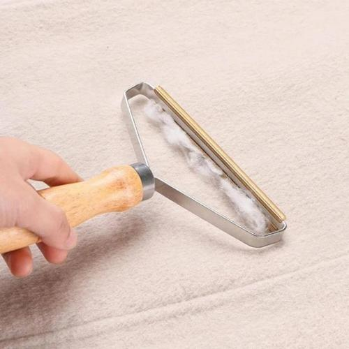 Lint/Dust Remover