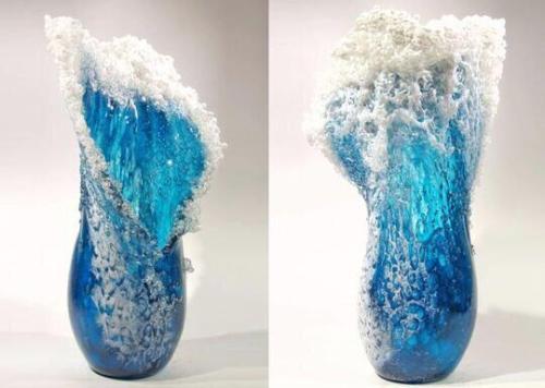 Majestic Wavy Vase