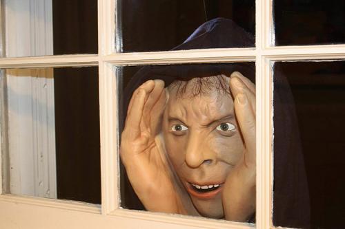 Pre-sale before Halloween-Scary Peeper Creeper