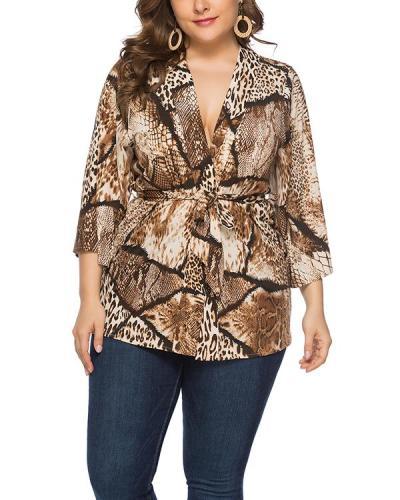 Plus Size Loose Snake Print Cardigan Lace Top