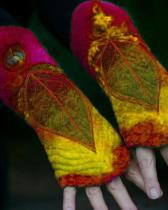 Women Vintage Printed Leaf Gloves