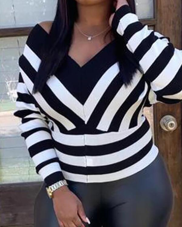 Stripe Print V-Neck Long Sleeve Top