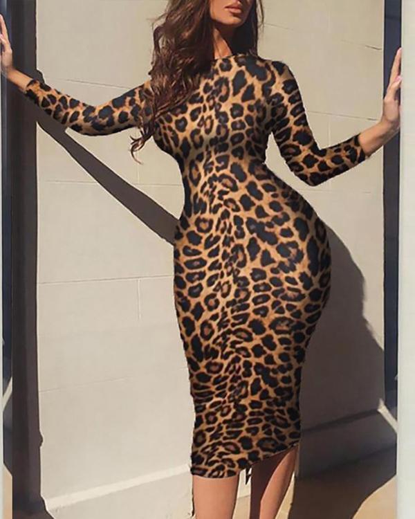 Casual Leopard Print Knee Length Plus Size Dress