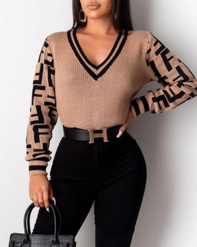 V-neck Pullover F Letter Sweater