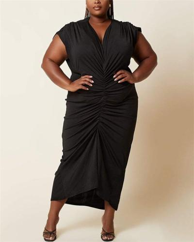 V-neck solid color pleated plus size dress