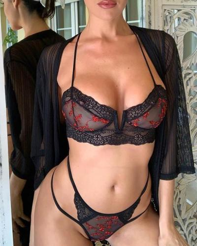 Breaking Boundaries Bra Set