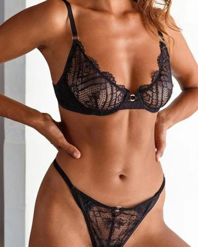Women's Elegant Lace Lingerie Set