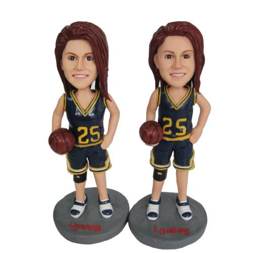Custom bobblehead:Female basketball player