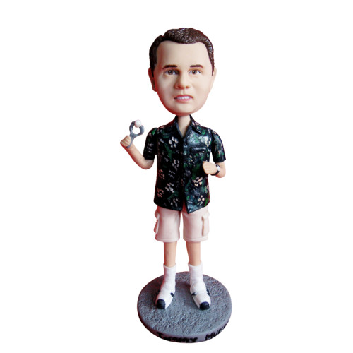 Custom bobbleheads: A male on vacation