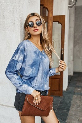Blue V-neck Tie-dye Long-sleeved Sweater