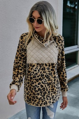 Kahki Leopard Print Stitching Plush Pullover Sweater