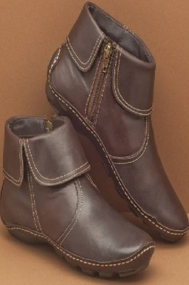 Round Toe PU Leather Boots Side Zipper Mid Heel Martin Boots Brown