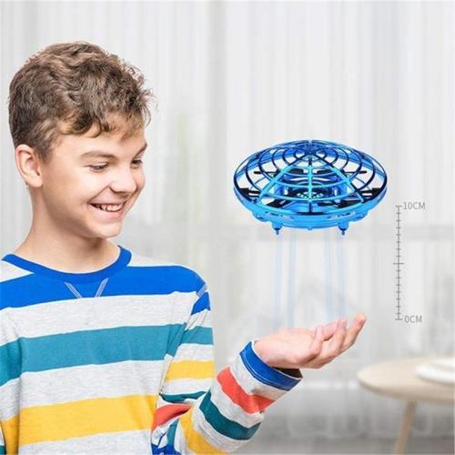 Manually control flying UFO mini drone