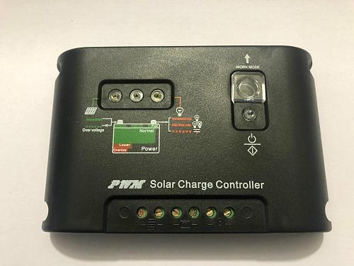 Solar Charge Controller 10A 20A 30A 12V / 24V Auto Distinguish PWM Solar Street Light Panel Charge Controller