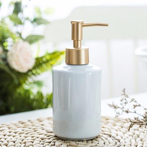 1 stks Keramische emulsie doseren fles Goud presser Draagbare Zeep Dispensers Hotel Club Hand Douchegel Shampoo Fles