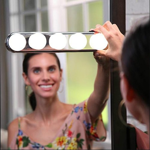 5 Bulb Makeup Mirror Light Headlight Installed Convenient Suction Cup Makeup Lamp LED Mirror Light Battery Powered Gift Dropship