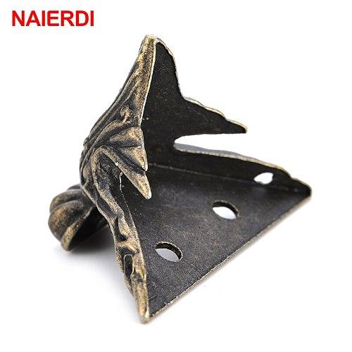 4PCS NAIERDI 40x30mm Antique Wood Box Feet Leg Corner Protector Triangle Rattan Carved Decorative Bracket For Furniture Hardware