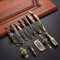 Antique Handle Knob Furniture Handle Kitchen Cabinet Handle Drawer Handle Pulls Zinc Alloy Cupboard Handles European Handles
