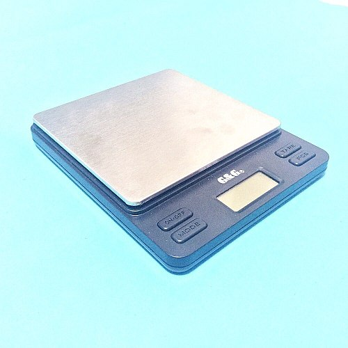 Portable Mini Electronic Balance 2000g / 0.1g Gold Jewelry Pocket Postal Kitchen Jewelry Weight Balance Digital Scale
