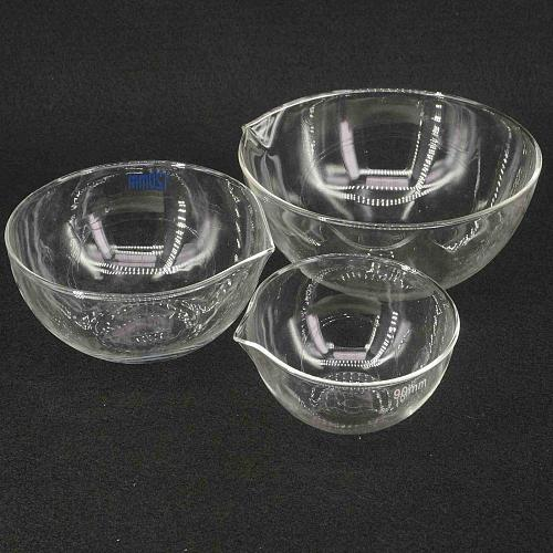 60/90mm Diameter Lab Glass Evaporating Dish Flat Bottom with Spout For Chemistry Laboratory