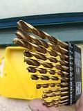 Wholesales 13pcs Professional Quick Change High Speed Steel Titanizing Round Shank Drill Bits Set