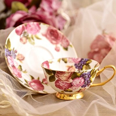 Royal Classic Bone China Porcelain Tea Cup Sets English High Quality Teacup and Saucer Xicaras Miniature Cup and Saucer II50BYD