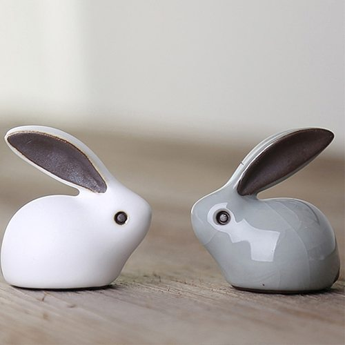 Chinese Tea Pet Mini Ceramics Tea Pet Cute Rabbit Deer Tea Pet for Kungfu Tea Tray Table Ornaments Decoration Great Gift