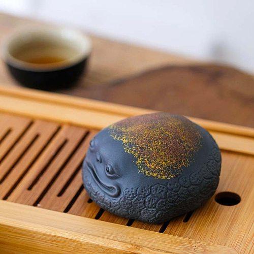 Purple sand golden toad tea pet can raise lucky tea to play tea table accessories tea table tea set decoration