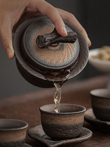 Vintage Ceramic Gaiwan Tea Cup Handmade Tureen Lid Bowl Chinese Tea Bowl Saucer Jingdezhen Tea Set Kung Fu Personal Teaup