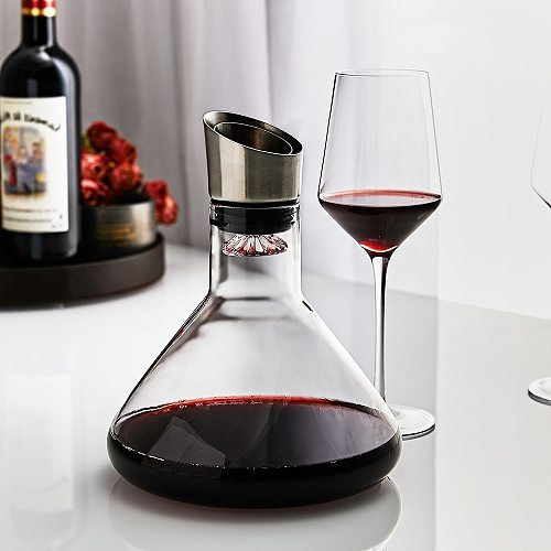 Fast Breathing Wine Decanter with Stainless Steel Aerator Lead-free 100% Hand Brown Glass Wine Carafe for Red Wines