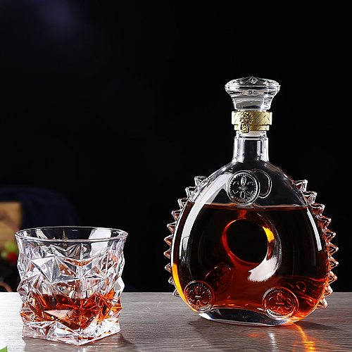 Retro Red Wine Bottle Champagne Glass Whiskey Decanter Water Jug Cocktail Pourer Aerator for Family Bar Transparent Spirits Cup