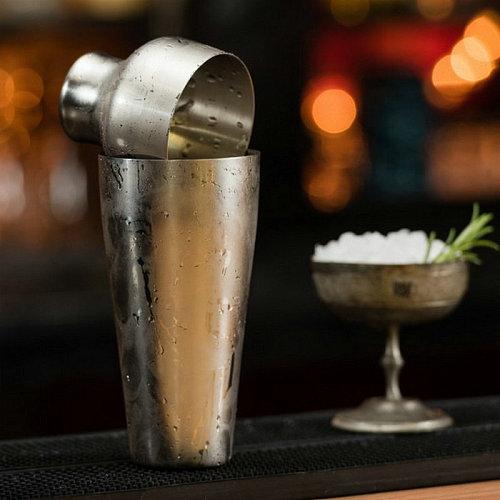 Parisian Style  Cocktail Martini Shaker Bar Shaker 17.5 oz / 550 ml
