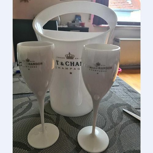 2 Cups 1Ice bucket New Champagne Flutes Glass Plastic Wine Cooler Cocktail Cup White Cabinet Acrylic Champagne Buckets