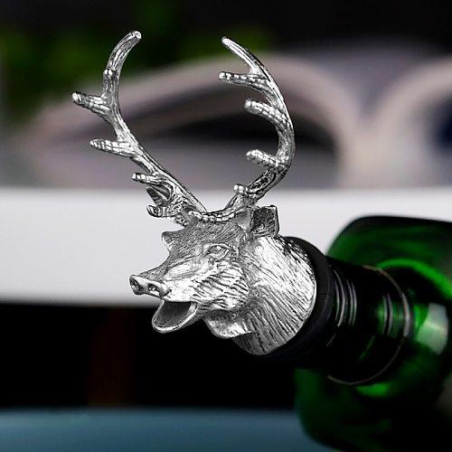 1Pcs Jagermeister Wine Pourer Zinc Alloy Deer Elk Lion Bull Head Wine Stopper Drinks Bar Tools Night Club Bar Accessories