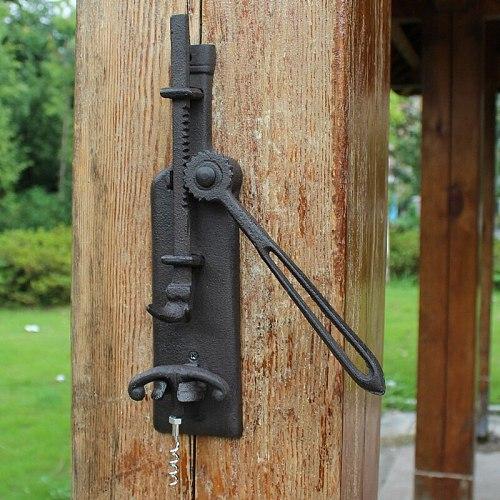 European Vintage Home Bar Decor Cast Iron Wall Mounted Wine Bottle Opener