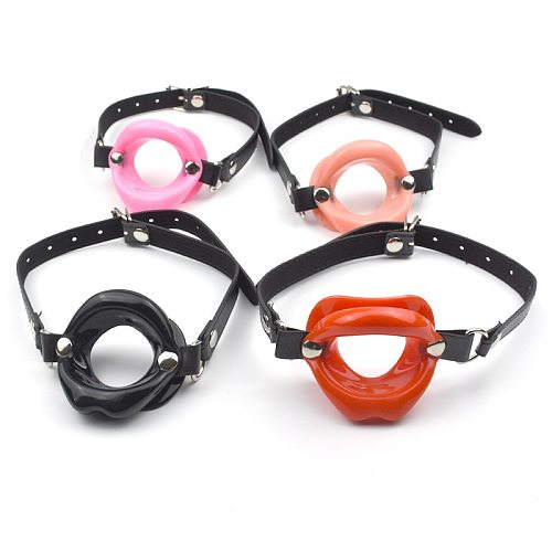 Soft Silicone Leather Open Mouth Gag Restraints for Adults Sex BDSM Restraints Game Big Lips Oral Sex Role Play Erotic Toy