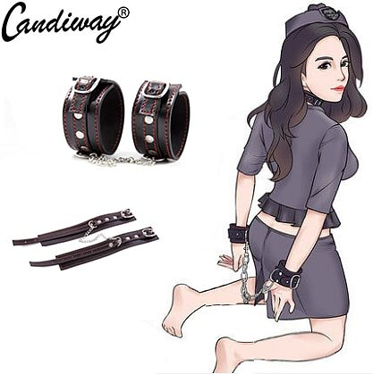 Candiway Adult SM Roleplay Products Soft Adjustable Padded Leather Wrist Handcuffs Bondage Restraint Sex Toys For Couples